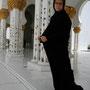 ganz schön warm unter der abaya