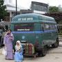 die malayen lieben unseren bus...