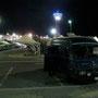 vor der shopping mall in abu dhabi