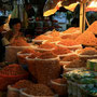 haufenweise getrocknete shrimps
