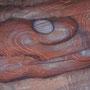 einzigartige farbmuster im sandstein