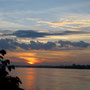 sonnenuntergang über dem mekhong