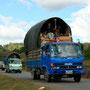 gemütliches lager auf dem lastwagen