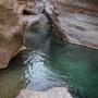 das wadi wird immer enger, bis am ende nur noch.....