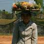 früchteverkäuferin in sihaknuville