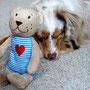 04.11.2011 - Foxi und ihr neues Spielzeug