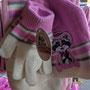 2017 SLAGHAREN THEMEPARK & RESORT Winterset: Handschoenen, sjaal en muts (Roze) (19,95 euro).