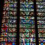 Die bemerkenswerten Fenster der Basilika in der Altstadt von Carcassonne