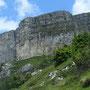 La parete del Colsanto: la falesia è sulla parte sinistra