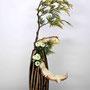 Dr. H. Lüder-Schirmer: gelbe Scheinzypresse (Lebensbaum), Chrysanthemen (Mumis), Späne eines Weihnachtsbaums,  (Foto: Dr. A. Schirmer)