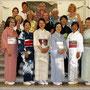 Die Ausstellerinnen von Ikebana Sogetsu München e.V.