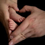 Neugeborenenfotografie, Neugeborenes, Newborn, Babyfüße, Baby, Babyfoto, Freising, Neugeborenenshooting, Hebamme, Neugeborenenfotograf