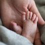 Neugeborenenfotografie, Neugeborenes, Babyfüße, Newborn, Baby, Babyfoto, Freising, Neugeborenenshooting, Hebamme, Neugeborenenfotograf