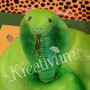 Grüne Cobra Fondanttorte -  Kopf