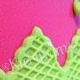 Grün Pinke Fun Fondanttorte - Randverziehrung