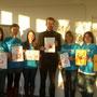 12.2.15 Oberbürgermeister Boris Palmer erhält vom UNICEF HSG Tübingen 100 rote Hände