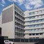Façade sud et ouest - Protection solaire par stores verticales