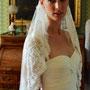 Traumhaftes Brautkleid aus üppig drapiertem Seidengeorgette