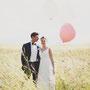 Wunderschönes, zartes Brautkleid aus gefälteltem Seiden-Crinkle-Georgette und Stretch-Seiden-Satin