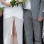 Asymmetrisches Brautkleid aus geraffter Seide