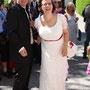Brautkleid aus edler Spitze mit Seide