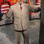 Grauer Anzug aus typischem Retro Stoff für Walter Ulbricht