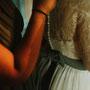 Tolles Brautkleid aus Seiden-Crépe-Georgette mit Spitzenoberteil © Fotos: www.brautalarm.com