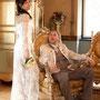 Raffiniertes Brautkleid aus luxuriöser Chantilly-Spitze und Seidensatin mit eingearbeiteter Korsage