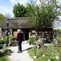 Bordesholmer Landfrauen, Gartendeko in Bissee im Mai 2019