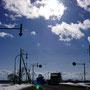 6年前、東日本大震災が発生した時刻に撮った写真、冬とは思えない入道雲が奥に見える(国道275号・当別町)