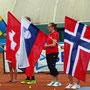 Eröffnungsfeier mit Schweizerfahnenträgerin