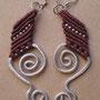 """orecchini in macramé """"MORGANA"""" A/3 - materiale: cotone, filo d'alluminio battuto a mano e perline in metallo"""