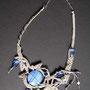 "collana ""Chiara"". Tecnica: macramè. Materiale: lino, perle in ceramica e vetro. Venduta"