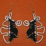 """orecchini in macramé """"MORGANA"""" A/1 - materiale: cotone, perline in metallo e filo d'alluminio battuto a mano - venduti"""