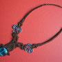 """collana """"Morgana"""" A1. Tecnica: macramè. Materiale: cotone cerato, filo d'alluminio battuto a mano e perla di vetro. Venduta"""