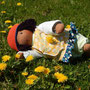 Für Johanna - 40er Größe - Mai 2017 -  Haut Caffè Latte, Overall Wollfleece savanne-meliert, Haar dunkelbraun, mit Tunika-Kleid, Leggings (Pumphose), Nicki-Windel, Häkelmütze