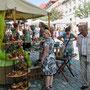 In Creußen ist ein sehenswerter Töpfermarkt