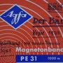 """Hülle des Tonbandes für """"Der Bär"""" (1973, Spielkopie 1981)"""