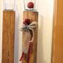 Kerzenständer mit Glas aus Fichtenholz. Kann auch für Blumen verwendet werden. Nach Evas Entwurf gefertigt.