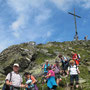 Steiler Abstieg ins Tal