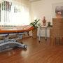 Einer unserer großzügigen Behandlungsräume.