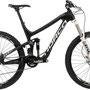 Enduro Testbike: Range 2 Carbon 650B 2014, Black/White/Blue, Grösse Medium: Statt 4'699 CHF nur noch 2'350.00 CHF - minus 50 %.