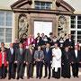 Gruppenfoto mit der weltlichen und geistlichen Prominenz, anlässlich der Einweihung des Klosterweges und des ökumenischen Vespergottesdienstes am 21. Mai 2017. Foto: Jennifer Peppler