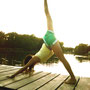 Hatha Yoga am Wasser.