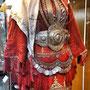 Abito tradizionale delle giovani spose, regione di Debar - Museo Storico Nazionale, Sofia - Bulgaria