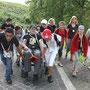 En route vers le Cénacle, les jeunes jouent la solidarité !