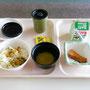 検査翌日の朝、やっと食事にありつけました。美味しい減塩食です。