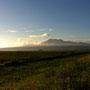 湿地から望む早朝の雲仙
