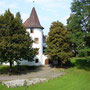 Blick aus der Praxis auf das Schloss Binningen