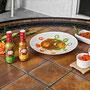 Huevos divorciados con Salsa Verde Y Roja de Chile Habanero MORE